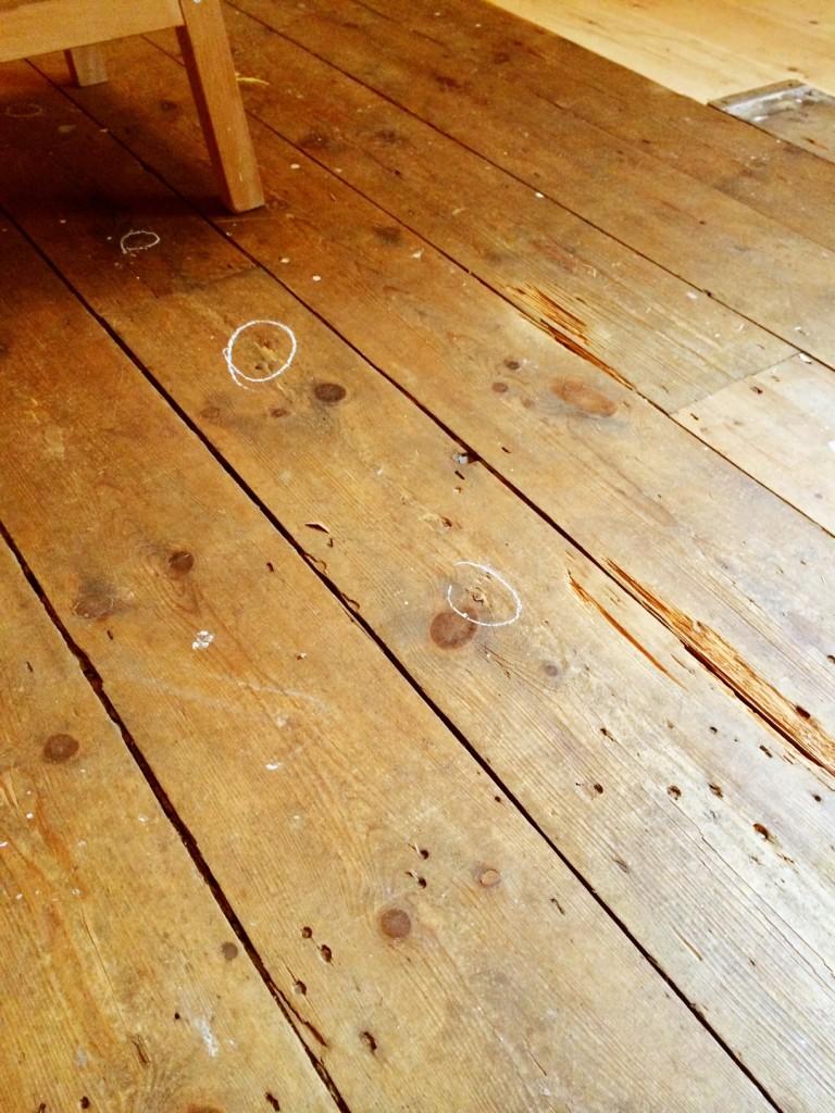 floor-marking-nails