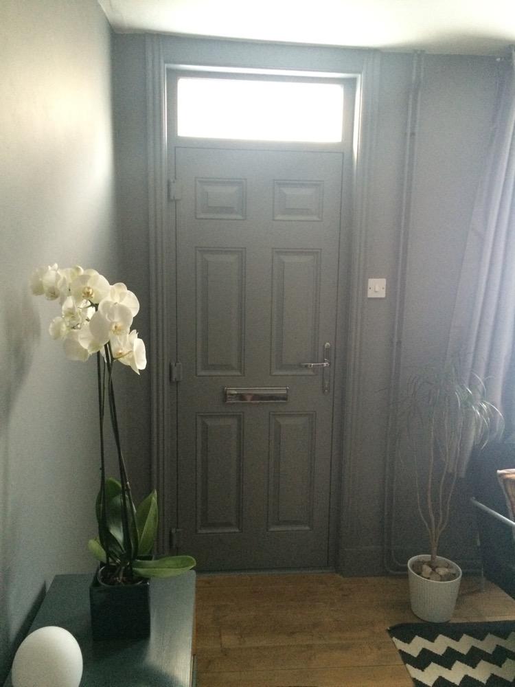 livingroom-door-painted